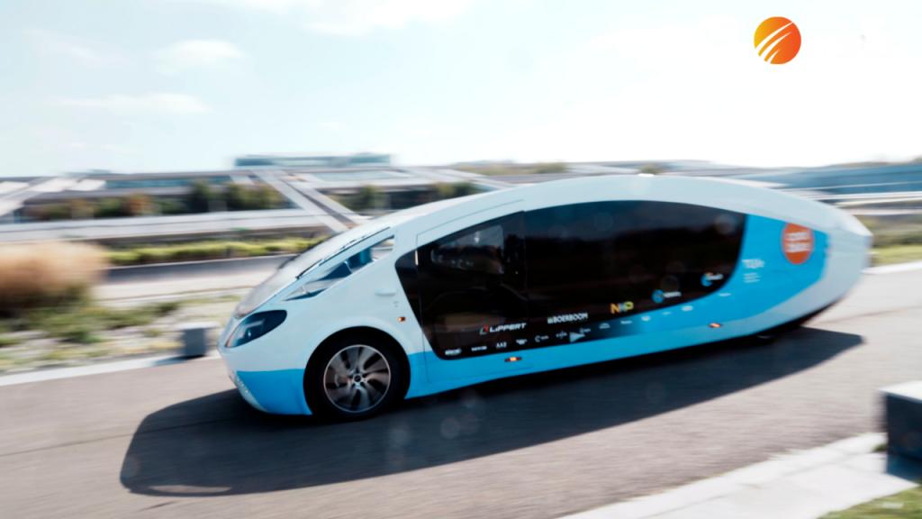 Solar powered van stops in Paris as part of road trip